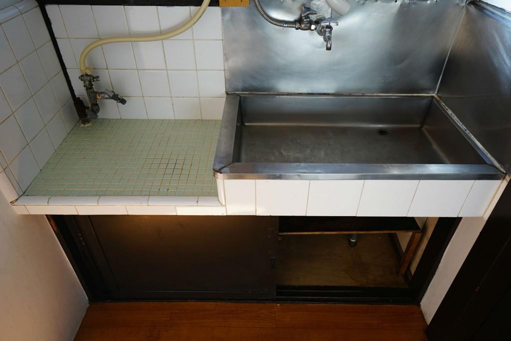 リノベーションでアパートのキッチンを変更